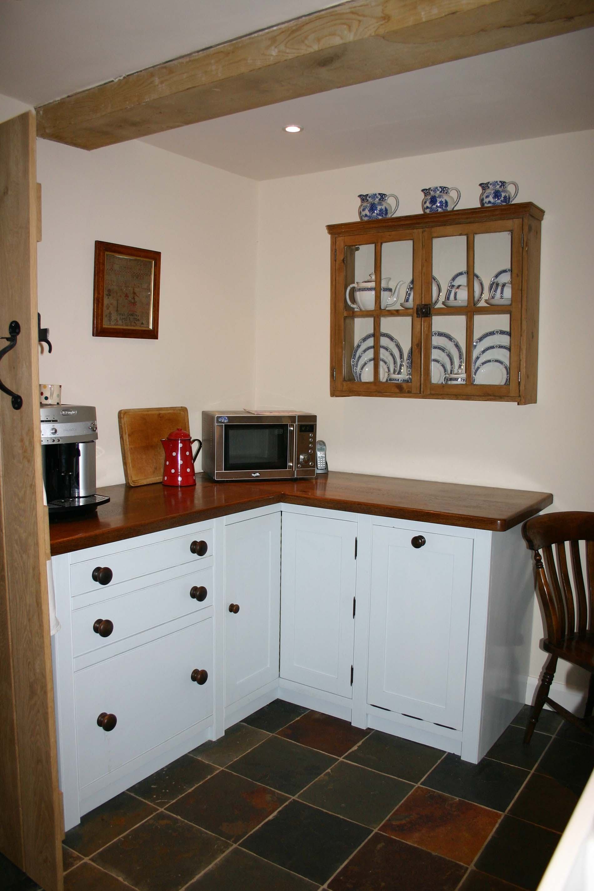 The Ministry of Pine antique pine furniture and free standing kitchens.